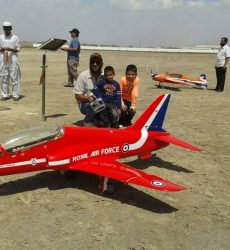 Aeromodellers (11)